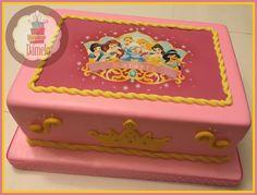 Princesas!!! #tortaprincesas, #princessdisneycake, #princesasdisney