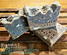 Mix match 3 my first experience of reworked soap bicolors.... Blue and his natural color. I'm not sure that's is a good job! #soap #diy #soap_color #cp_soap