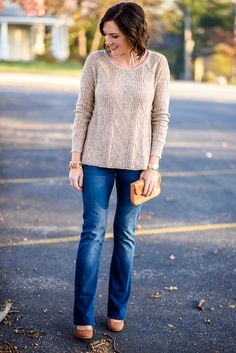 Thanksgiving Outfit Idea: oatmeal textured sweater with bootcut jeans and cognac suede pumps #paylessforstyle #ad