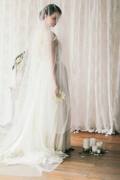 Stunning veil by Three Sunbeams. Photography: Jenny Sun Photography / Make up artist: Mary Li / Hair stylist: Melissa Cauchi / Bridal gown: Savvy Brides