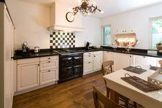 Eggersmann Country in Oud-Beijerland Best Cooker, Aga Cooker, Interior Garden, Kitchen Interior, Interior Design, Aga Range, Home On The Range, Beautiful Kitchens, Interior Inspiration