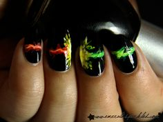 Harry Potter vs Voldemort nails OMG YES! That's awesome! So Nails, Fancy Nails, How To Do Nails, Cute Nails, Pretty Nails, Hair And Nails, Sparkly Nails, Nail Forms, Nail Envy