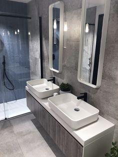 bc343bffedbd72 Composizione doppio lavabo da appoggio, con top h6cm, lavabi e cornici  specchi realizzati in