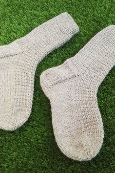 Crochet Socks, Knitting Socks, Knit Crochet, Knitting Ideas, Mittens, Diy And Crafts, Sewing, Slippers, Socks