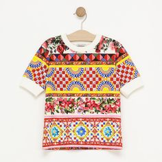 now on eboutic.ch - t-shirt with mosaic print for girls Famous Brands, Sexy Outfits, Mosaic, Feminine, Glamour, Elegant, Girls, T Shirt, Jackets