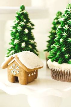 Don't miss this gorgeous Cookie decorating Christmas party! The Christmas tree cupcakes are fabulous!!  See more party ideas and share yours at CatchMyParty.com #catchmyparty #partyideas #santa #cookies #christmasparty  #holidays #christamascupcakes