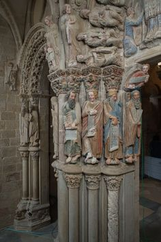 Cathedral of Santiago de Compostela, Galicia, Spain. The Portico de Gloria. Seen here are figures representing the Apostles and Prophets. They carry the color that covered the whole portico at one time. Romanesque Art, Romanesque Architecture, Church Architecture, Romanesque Sculpture, Early Middle Ages, Medieval Manuscript, Ancient Civilizations, Beautiful Buildings, Religious Art