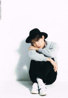 hoseok // j-hope // bts - sunshine Jimin Jungkook, Namjoon, Bts Bangtan Boy, Taehyung, Gwangju, Jung Hoseok, Seungri, Lee Min Ho, K Pop