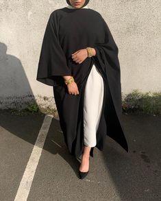 nothing gets me like a black abayah. Kimono Top, Abayas, Instagram, Black, Tops, Women, Fashion, Moda, Black People