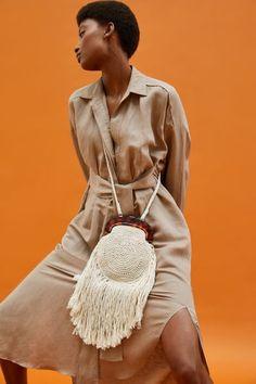 Knitted Bags, Crochet Bags, Zara, Eco Friendly Bags, Macrame Bag, Slow Fashion, Tortoise Shell, Handmade Bags, Mini Bag