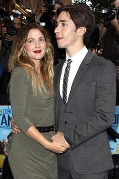 Drew Barrymore and Justin Long at Going the Distance premiere
