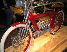 motorcycles+as+art+ | File:1910 Pierce Four (1) - The Art of the Motorcycle - Memphis.jpg
