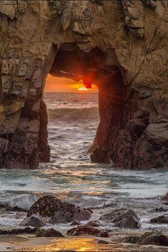 ~~Sun Portal | sunset, Big Sur, Pfeiffer Beach, California | by Raja Ramakrishnan~~