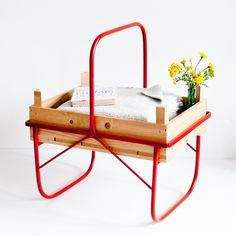 Beistelltische - Beistelltisch Rot - ein Designerstück von I-am-Recycled bei DaWanda