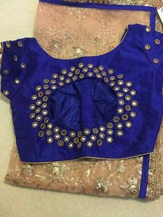 New Embroidery Blouse Indian Mirror Work Ideas Simple Blouse Designs, Stylish Blouse Design, Fancy Blouse Designs, Blouse Neck Designs, Blouse Patterns, Dress Designs, Blouse Styles, Mirror Work Blouse Design, Maggam Work Designs