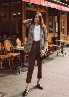 Edgy Blazer Outfit Ideas To Elevate Your Wardrobe - Herren- und Damenmode - Kleidung Mode Outfits, Fall Outfits, Casual Outfits, Fashion Outfits, Office Outfits, Skirt Outfits, Fashion Clothes, Smart Casual Outfit, Blazer Fashion