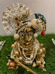 Shree Krishna Wallpapers, Laddu Gopal, Lion Sculpture, Statue, Halloween, Fan, Club, Decor, Decoration