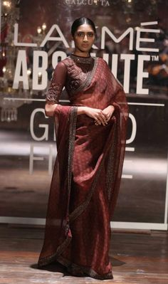 Absolute Grand Finale By Sabyasachi At Lakme Fashion Week 2016 - PK Vogue Sabyasachi Sarees, Indian Sarees, Lehenga, Indian Bridal Fashion, Indian Wedding Outfits, Indian Outfits, Trendy Sarees, Stylish Sarees, Fashion Week 2016