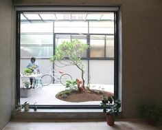 Light-filled Taiwanese home goes with the breezy flow to ward off the tropical heat
