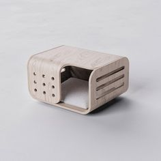 Pet Furniture, Muji, Animal House, Diy Stuffed Animals, Cat Toys, Pet Houses, Industrial Design, Home Projects, Dog Cat