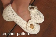 Adult Slippers Crochet Pattern PDF,Easy, Great for Beginners, Shoes Crochet Pattern Slippers,  Pattern No. 19. $4.50, via Etsy.