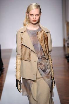 Beautifully mastered combo, fur+wool+modern patterns
