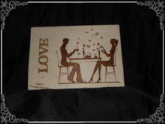 Cuadro piragrafiado con una pareja y la palabra Love.  Se puede personalizar con el nombre tuyo, de tu pareja,... o de los dos!!!