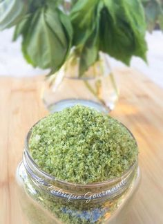 La Fabrique Gourmande: Basil Salt Flower Home Spice Blends, Spice Mixes, Cooking Tips, Cooking Recipes, Cuisine Diverse, Pesto Recipe, Diy Food, Chutney, Healthy Drinks