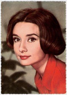 Vintage Model: Audrey Hepburn. Game Postcard