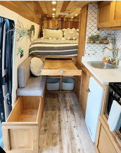 15 Simple Rv Camper Does Van Life Remodel Inspire You Design Ideas When you liv&; 15 Simple Rv Camper Does Van Life Remodel Inspire You Design Ideas When you liv&; Honolulu Campingbus […] Homes On Wheels bus conversion Van Living, Tiny House Living, Kombi Home, Tiny House Storage, Van Home, Camper Van Conversion Diy, Sprinter Van Conversion, Van Conversion With Bathroom, Van Conversion Interior
