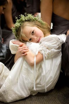 Love her headpiece! #flowergirl