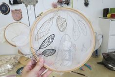 by whimsiology, via Flickr.  i am not brave enough to stitch on something so sheer.  yet.  but damn.  that is pretty.