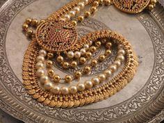 lakshmi_kasumala_from_navrathan_jewellers