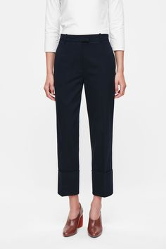 Wide fold-up slim trousers