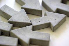 2+Pfeil-Magnete+aus+Beton+von+Oh+Beton!++auf+DaWanda.com