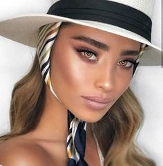 Adel 🌸 Hair Makeup Using foundation-touche eclat Concealer- Eyeshadow-camel… Kiss Makeup, Eyebrow Makeup, Hair Makeup, Blush Makeup, Makeup Inspo, Makeup Inspiration, Makeup Tips, Makeup Ideas, Simple Makeup