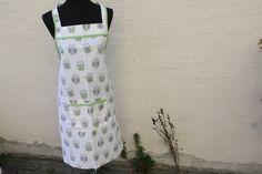 Schürzen - Küche Kochen Backen Schürze Eule grün beige braun  - ein Designerstück von trixies-zauberhafte-Welten bei DaWanda