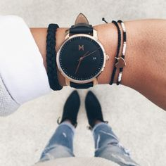 Rose Gold/Black Leather | mvmtwatches.com