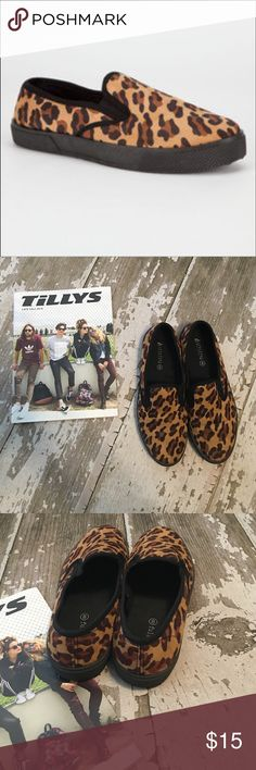 🆕Suede Leopard Slip On Shoes I love these shoes but unfortunately a little too small for me, so they are practically new with no real signs of wear. Full Tilt Size 8 in Women. I will add a pic of the bottoms soon! ❤️ Tilly's Shoes Flats & Loafers