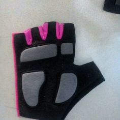 267d05d1d186 Weight Lifting Gloves, Leather Products, Superior Quality, Leather  Accessories