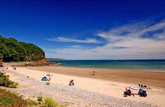 Coppet Hall beach, Saundersfoot - a lovely secluded little beach with parking right beside it British Beaches, Uk Beaches, Pembrokeshire Coast Path, Pembrokeshire Wales, Oh The Places You'll Go, Places To Visit, Cottages In Wales, Welsh Castles, British Travel