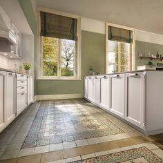 La ditt nye kjøkken stå i stil til ditt ærverdige hjem! Schmidt, Kitchen Cabinets, Contemporary, Nye, Youtube, Design, Home Decor, Ideas, Velvet