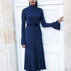 Velvet is one of the biggest fashion trends for fall Today I styled it with a bell sleeve dress Bell Sleeve Dress, Bell Sleeves, Simple Elegance, Elegant, Different Words, Blue Velvet, Doctors, Dublin, Speakers