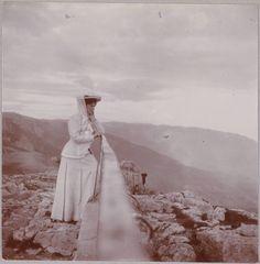 Alexandra   15 Haunting Photos Of The Romanov Family
