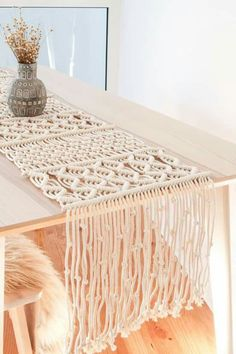 macrame plant hanger+macrame+macrame wall hanging+macrame patterns+macrame projects+macrame diy+macrame knots+macrame plant hanger diy+TWOME I Macrame & Natural Dyer Maker & Educator+MangoAndMore macrame studio Diy Macrame Wall Hanging, Macrame Curtain, Macrame Bag, Macrame Mirror, Diy Furniture Table, Crochet Table Runner, Macrame Design, Macrame Projects, Crochet Projects