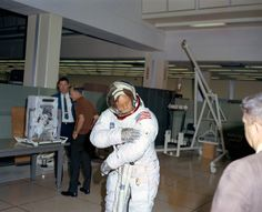 S69-38498 | Neil Armstrong