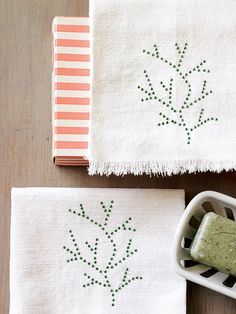 This easy craft is perfect for a stocking stuffer! More homemade gift ideas: http://www.bhg.com/christmas/crafts/handmade-gifts-for-friends/?socsrc=bhgpin112313sparklingtowels&page=25