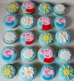 Peppa Pig Cupcakes inspired by my favourite cupcake decorator hello naomi! Pig Birthday Cakes, Birthday Cupcakes, 2nd Birthday Parties, Birthday Ideas, Peppa E George, George Pig, Pig Party, Cupcake Party, Bolo Da Peppa Pig