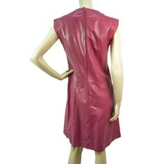 Chanel pink leather dress size 38 from the 01C Chanel collection.