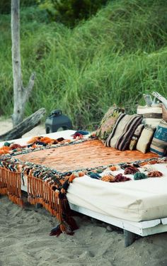 New use for our twin mattress.  Outdoor seating/bed ideas. // bohemian style living